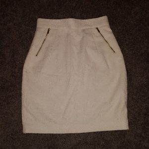 High waisted ivory skirt